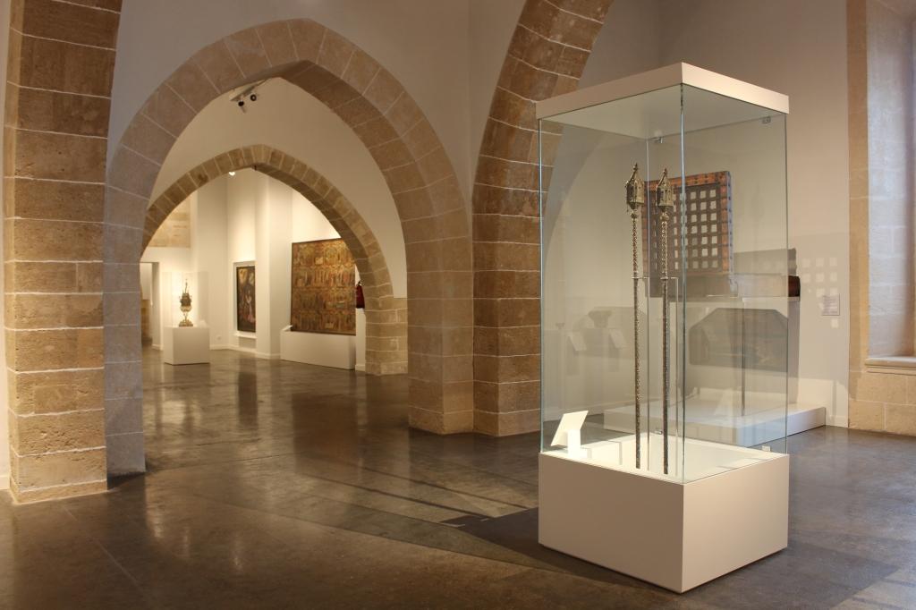 Interior museu art sacre de mallorca. Espai Església.